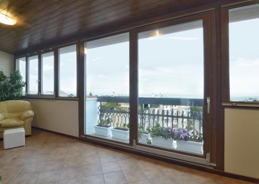 inobili-cavaliere-portafinestra-finestra-scorrevole-ribalta-uai-516x367